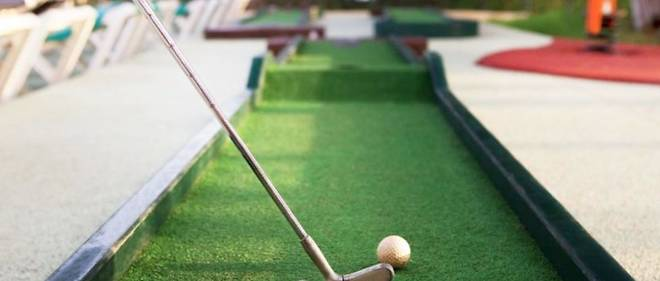 En France, seulement une trentaine de minigolfs seraient homologués pour les compétitions, alors que le territoire en compterait 1 500 pour une pratique «loisir».