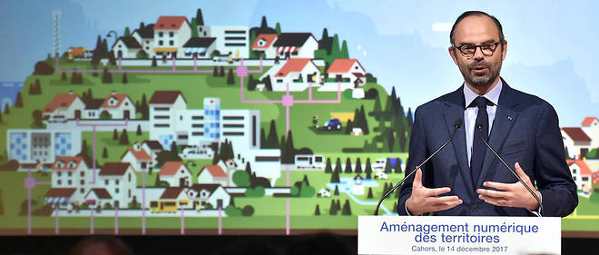 Édouard Philippe à Cahors pour présenter le plan de développement numérique des territoires. Il devrait permettre d'améliorer la productivité des services publics et donc de les maintenir à moindre coût.
