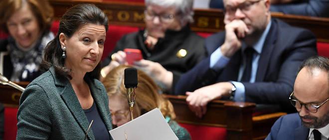 """Agnès Buzyn veut permettre à la Sécurité sociale d'investir """"dans des médicaments très innovants""""."""