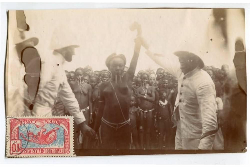Concours de beautés Bambari, Moyen-Congo, actuelle Centrafrique, photographie, tirage albuminé, 1912.  ©  Sexe, race et colonies