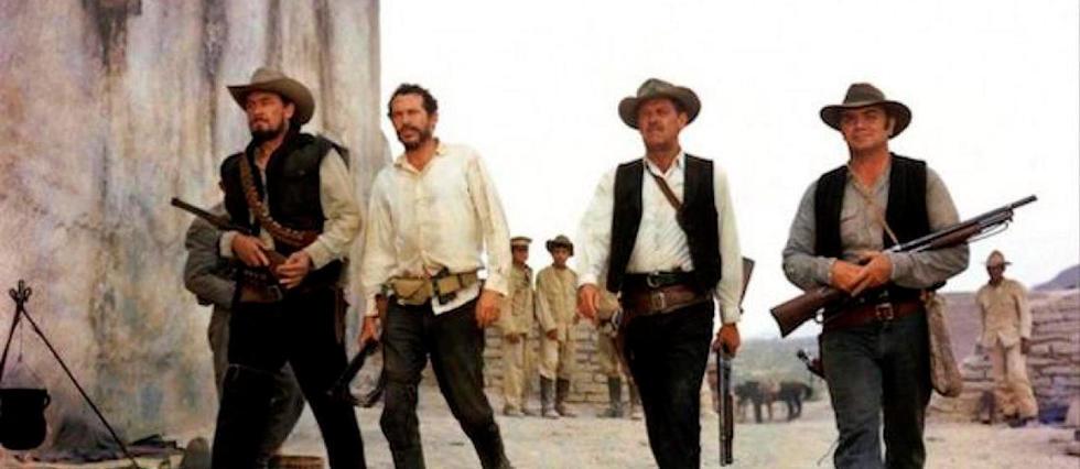 """<p>""""La Horde sauvage"""" de Sam Peckinpah (1969). De gauche à droite : les frangins Tector et Lyle Gorch (joués respectivement par Ben Johnson et Warren Oates), le chef de bande Pike Bishop (William Holden) et son ami de toujours Dutch Engstrom (Ernest Borgnine).</p>"""