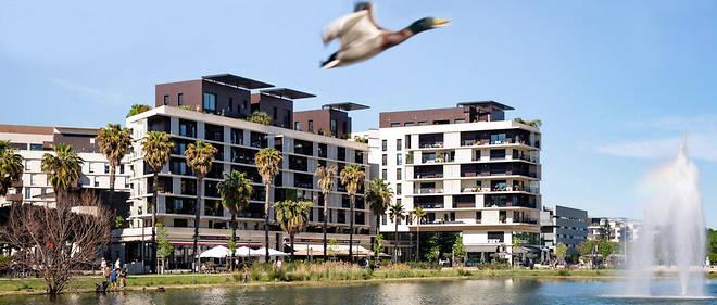 Le quartier de Port Marianne, un des grands projets urbanistiques de Montpellier, a permis l'implantation de nombreux immeubles d'habitation etde bureaux.