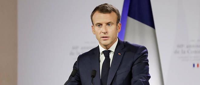 Dans l'opposition, certains, comme Jean-Luc Mélenchon, dénoncent une réforme «illégitime».