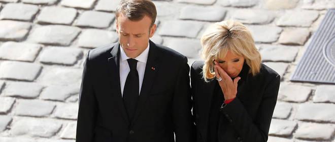 Brigitte Macron émue aux larmes lors de l'hommage national à Charles Aznavour le 5 octobre.