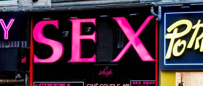 Le journaliste Robin D'Angelo s'est immergé un an et demi dans le monde du porno amateur français.