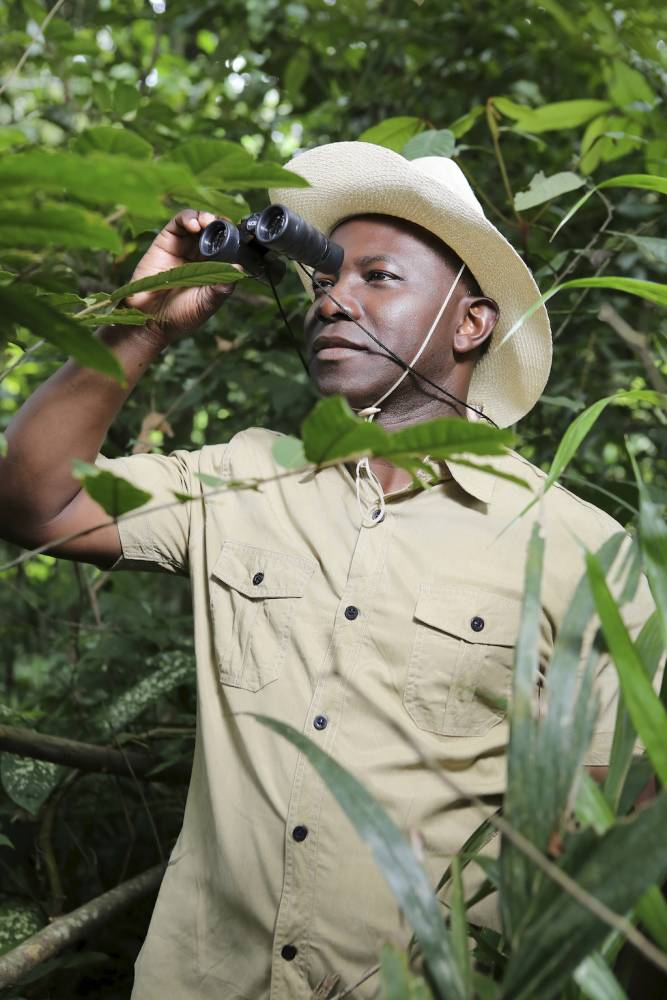 Didier Acouetey pose un regard lucide sur de nombreuses facettes de l'Afrique.  ©  Esprit Magazine
