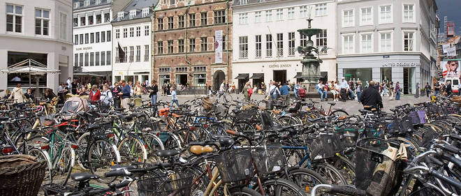 Un parking a velos a Copenhague, au Danemark.
