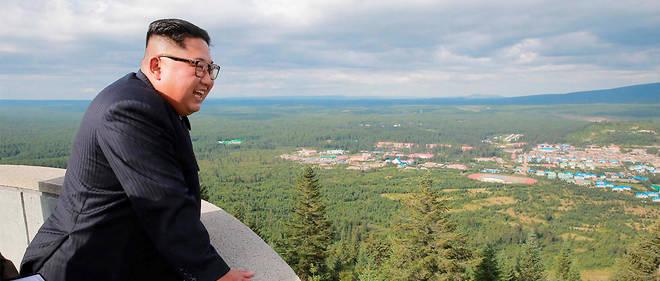 Kim Jong-un et son entourage auraient trois faiblesses : électronique, voitures et alcool.