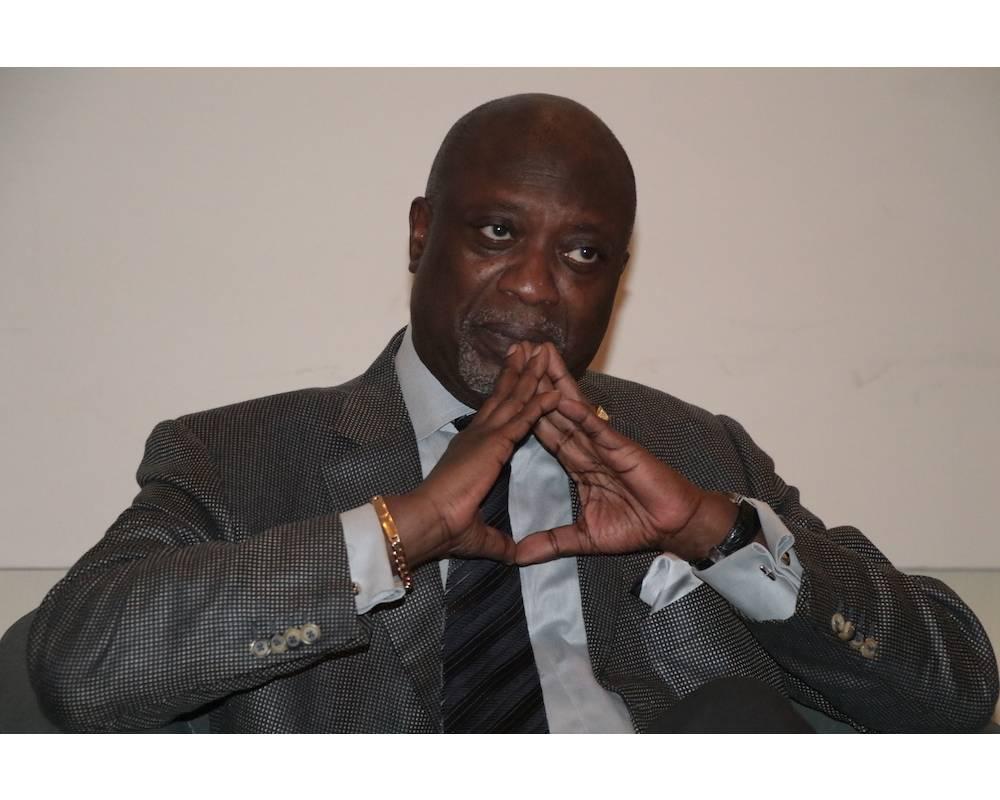 """Papa Demba Thiam à Dakar lors d'un séminaire en octobre 2018 sur le thème """"De la nécessité d'implanter une culture d'exportation"""". © TERMINUS DR"""