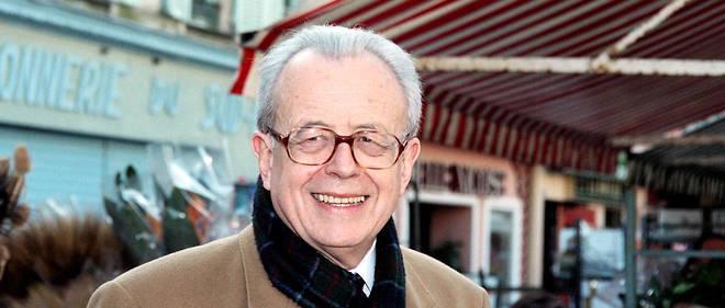 Jean-Paul Baréty, également député de 1994 à 1997, a « assumé, dans des  circonstances particulièrement difficiles, la magnifique, exaltante et  rude charge de maire de Nice », a décrit M. Estrosi.