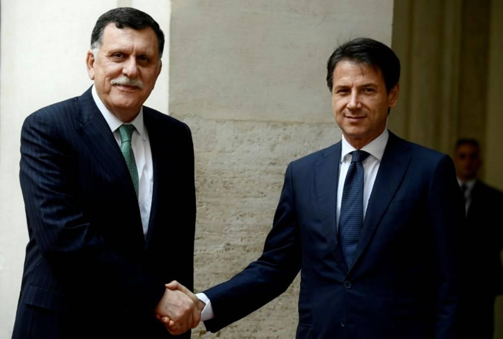 Fayez Al-Sarraj, président du Conseil présidentiel libyen et premier ministre, avec le chef du gouvernement italien Giussepe Conte. ©  Filippo Monteforte / AFP