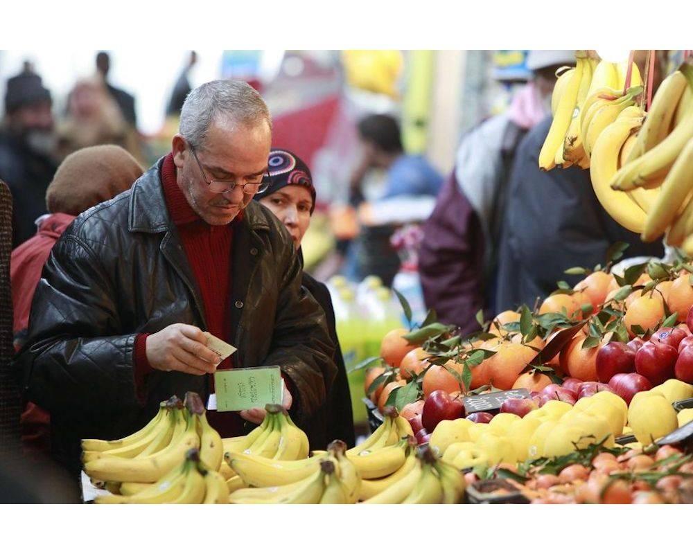 A Bab El Oued, dans un marché, un moment de course. ©  DR