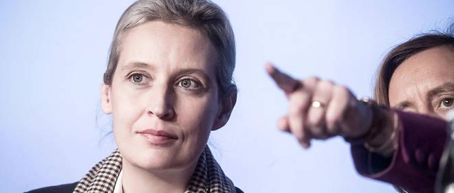 Alice Weidel, chef de file de l'AfD, est impliquée dans un scandale de corruption à la veille des européennes.