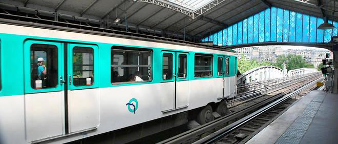 metro - Photo