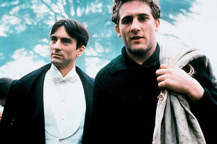 1900 de Bernardo Bertolucci, avec Robert De Niro et Gérard Depardieu, ressort en version restaurée.