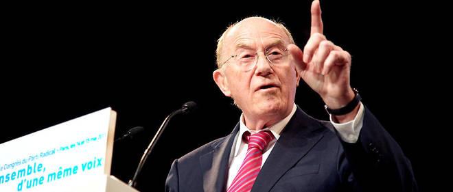 Hervé de Charette a été ministre des Affaires étrangères sous le président Jacques Chirac de mai 1995 à juin 1997.