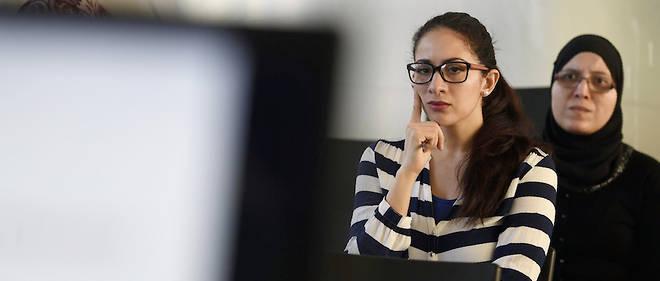 étudiants en ligne de rencontres universitaires est-il mauvais de brancher avec l'ami de votre ex