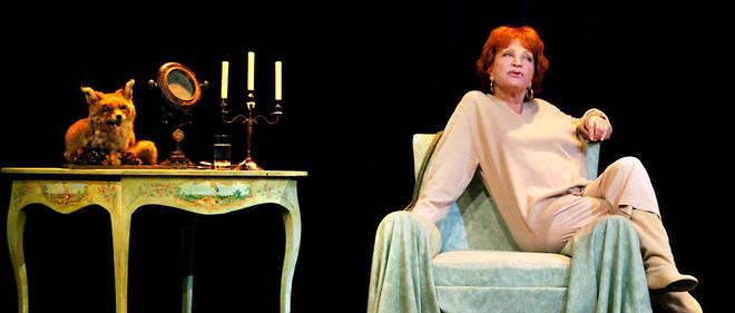 La comédienne, ici au théâtre de la Gaîté-Montparnasse à Paris, est morte ce samedi 1er décembre.