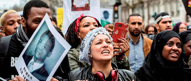 Houria Bouteldja, porte-parole du Parti des indigènes de la République, lors d'une manifestation à Paris contre les «violences policières», le 19mars 2017. Image d'illustration.