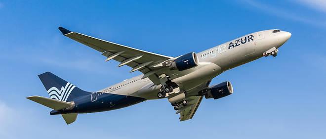 Deux A330-200 volent aux couleurs d'Aigle Azur vers São Paulo et Pékin.