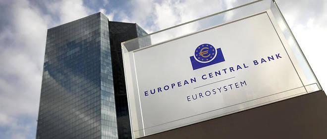 Inédite en vingt ans d'existence de la BCE, cette potion anti-crise a sans doute évité une déflation à la zone euro et une crise économique d'ampleur historique, à un moment où elle commençait à peine à se remettre de la crise de la dette.