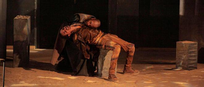 La pièce de théâtre «Absurdité» raconte la préparation d'un attentat, sous la forme d'une fable.