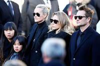 Son épouse Laeticia et ses deux premiers enfants, Laura et David, avaient fait front commun lors des obsèques de Johnny Hallyday. Aujourd'hui, ils se font la guerre pour l'héritage du rockeur.