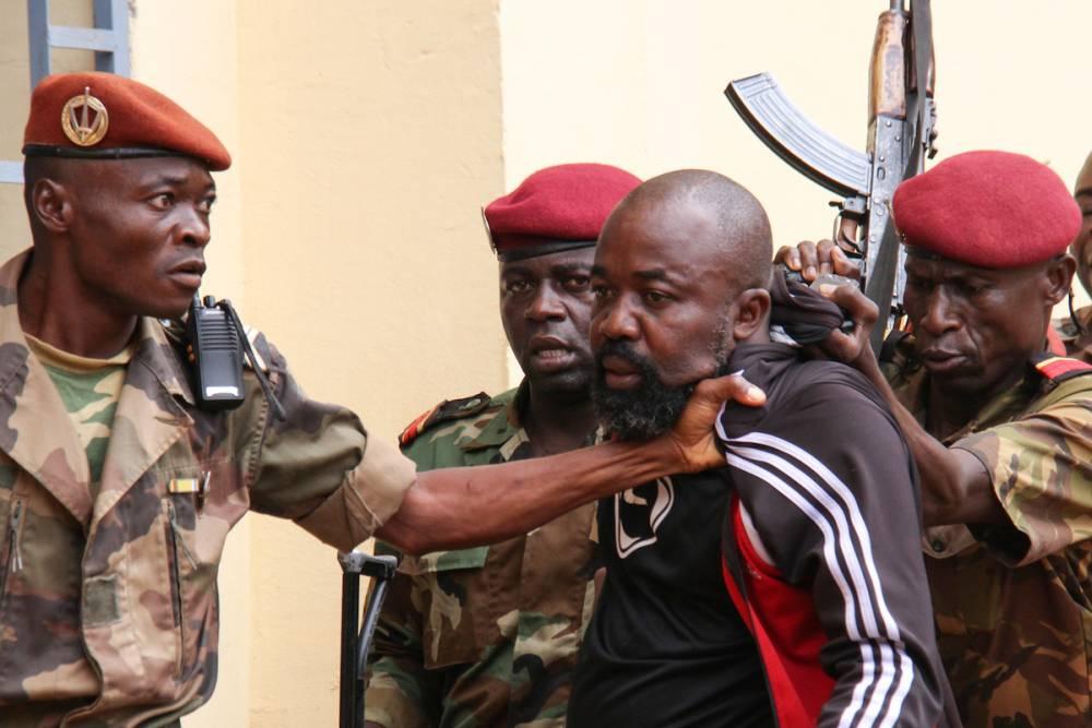 Arrestation de l'ex-milicien « Rambo » par des militaires centrafricains, à Bangui, le 29 octobre 2018.  ©  Gaël Grilhot/ AFP