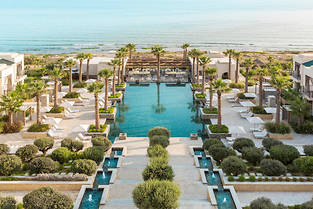 Le premier hôtel Four Seasons en Tunisie se dresse face à la mer sur la colline de Gammarth.  ©Richard Waite