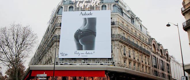 5953fb2dacbe5 La publicité géante pour la marque de lingerie Aubade a suscité une  polémique importante.