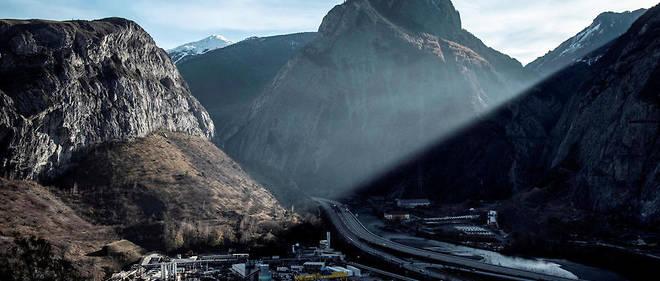 Le projet implique la construction d'un tunnel de 57,5 kilomètres qui diviserait par deux le temps de trajet entre Lyon et Turin.