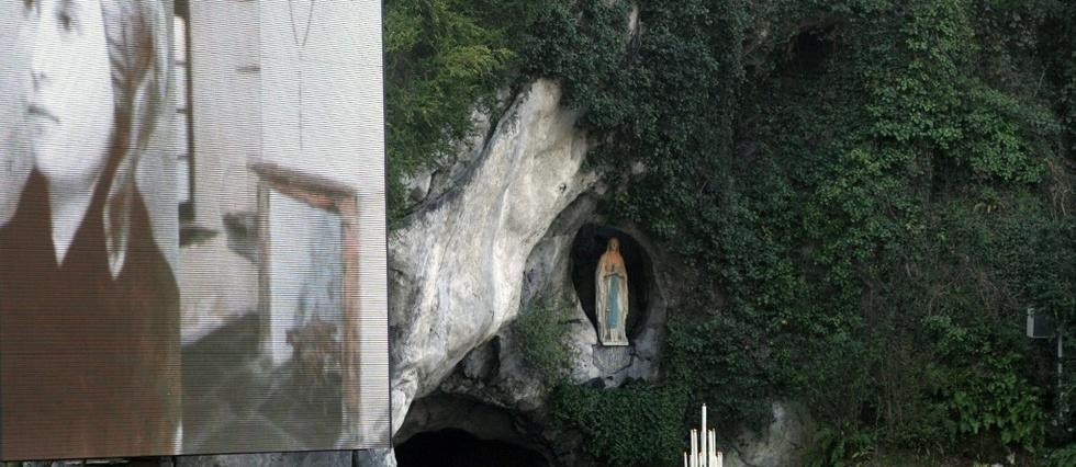 Calendrier Des Pelerinages Lourdes 2019.Lourdes Lance L Annee Bernadette Le Point