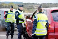 En 2019, policiers et gendarmes pourront immédiatement vérifier, en consultant le fichier informatique, si le véhicule est régulièrement assuré.  ©MICHAEL ESDOURRUBAILH