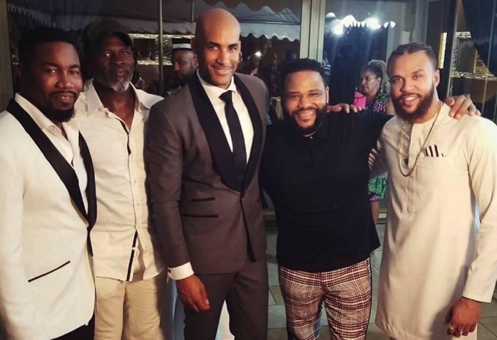 De la gauche à la droite, les acteurs Michael Jai White, Djimon Hounsou, Boris Kodjoe, Anthony Anderson et le chanteur Jidenna. ©  DR