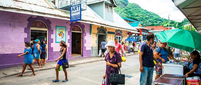 Sur l'île de Mahé aux Seychelles, une rue de Victoria.