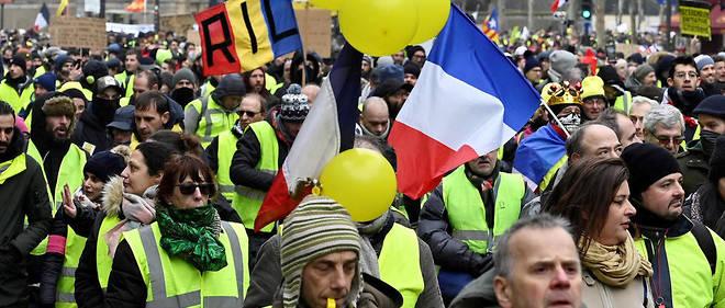 En région aussi, plusieurs milliers de personnes défilent pour cet acte X.