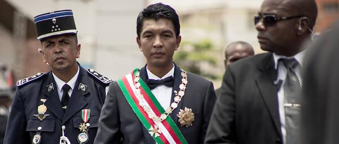 Andry Rajoelina, président élu le 8 janvier, a prêté serment dans la matinée de ce samedi 19 janvier dans le grand stade de la capitale, devant une foule de près de 40 000 personnes.