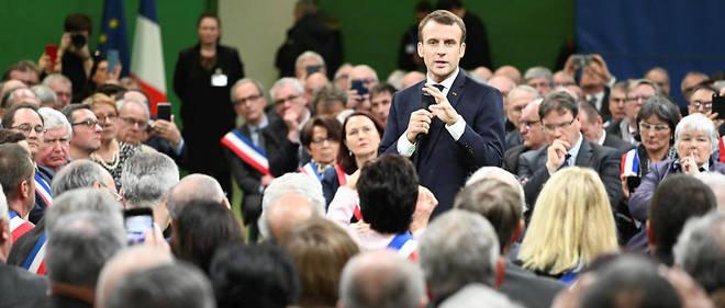 Le lancement du grand débat national par Emmanuel Macron à Bourgtheroulde, dans l'Eure, le 15 janvier.