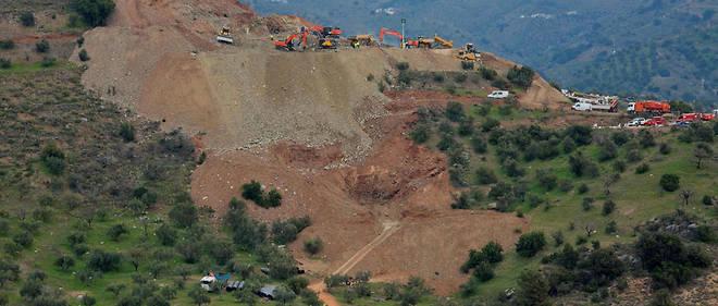 Les mineurs ont été contraints de faire appel, face à la dureté de la roche, aux artificiers qui ont procédé au total à quatre explosions contrôlées.