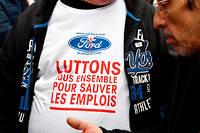 Pour Philippe Poutou, delegue CGT de Ford, << c'est une bonne nouvelle,  ca va obliger Ford a revoir sa copie et a etudier plus serieusement le  projet de reprise par Punch defendu par les salaries >>.