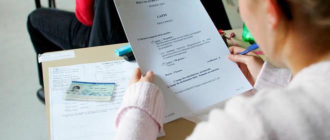Une note fait du latin et du grec un «enseignement plus spécifique», donc de second choix, c'est-à-dire proposé par un nombre moins important de lycées.
