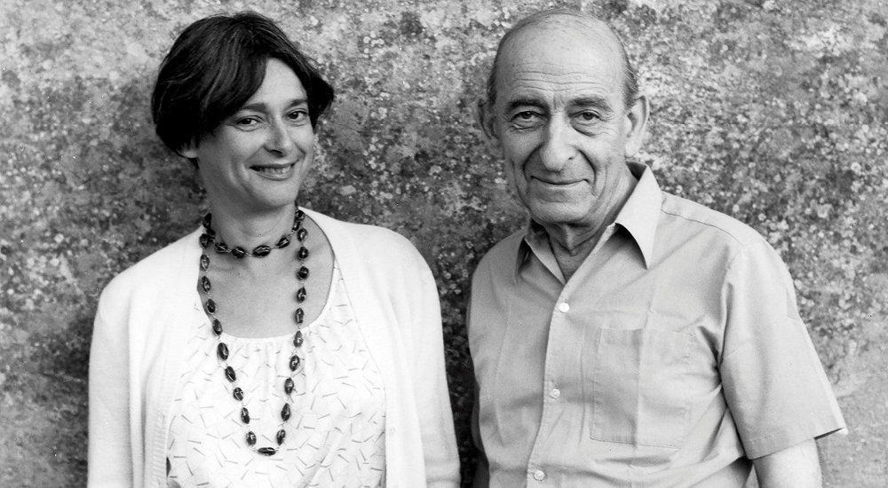 Transmission. Dominique Schnapper et son père, Raymond Aron, en 1983, quelques mois avant sa mort.