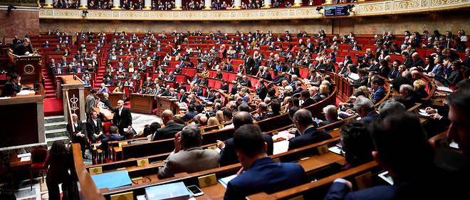 La loi anti-casseurs votée à l'Assemblée nationale.