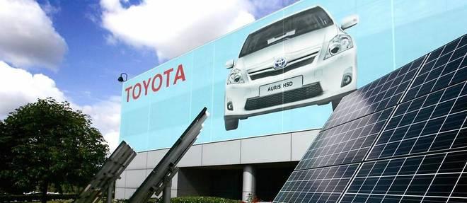 Toyota est un constructeur «vert» et l'affiche jusqu'en Angleterre, mais craint les effets du Brexit sans accord.