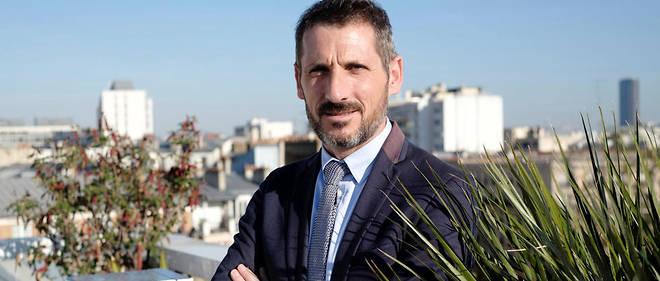 Matthieu Orphelin, député La République en marche (LREM), sur le toit du « Point » le 14 novembre 2018.