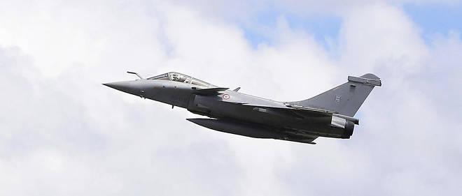 L'avion avait décollé de la base de Saint-Dizier (Haute-Marne) pour effectuer un contrôle dans les airs sur un autre avion qui effectuait un vol entre le Maroc et la Belgique.