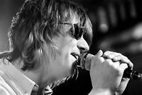 «Je suis très choqué et attristé d'entendre que Mark Hollis est décédé», a indiqué le bassiste du groupe, Paul Webb.