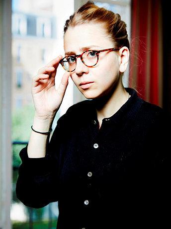 Nouvelle génération. Née en 1990, Anastasia Colosimo est professeure de théologie politique àSciences po. Elle est l'auteure des «Bûchers de la liberté» (Stock), prix Elina et Louis Pauwels 2016.