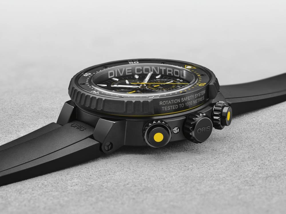 01 774 7727 7784-Set - Oris Dive Control Limited Edition - RSS 2.tif ©  DR