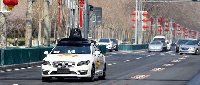 Les tests réalisés en circulation ouverte, ici en Chine, s'effectuent avec un pilote à bord, mais l'accès à toutes les routes dans ce mode automatique n'est pas pour demain